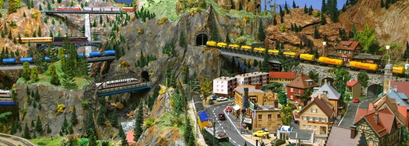 Family Day Fun at the Model Railroad