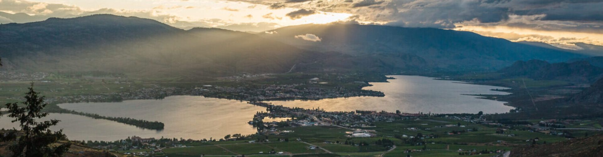 Anarchist Mountain Viewpoint in Osoyoos